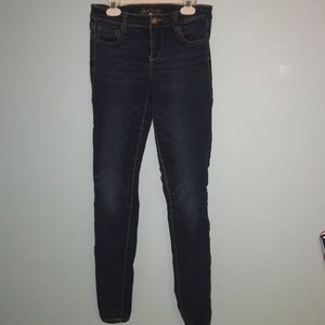 Decree jeans size five used in great condition